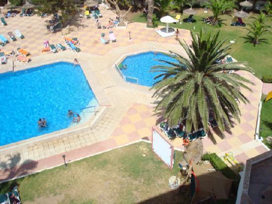Hotel Club President: piscine ^^