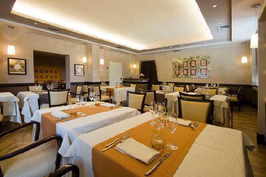 Domus Park Hotel: Restaurant Taberna