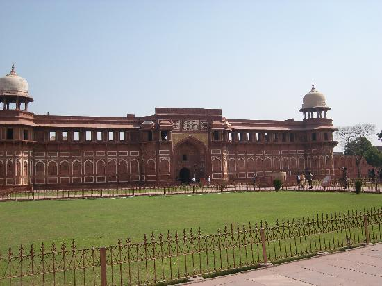Saubhag Bed and Breakfast: Red Fort