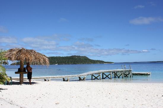 Treasure Island Eueiki Eco Resort : Island Jetty