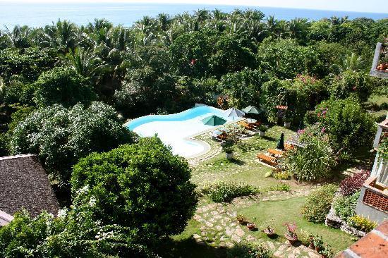 อามาเรลา รีสอร์ท: the garden pool