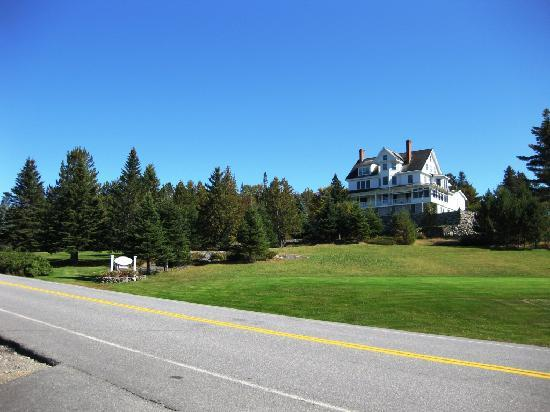 Blair Hill Inn: From the road