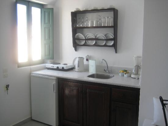 Anastasis Apartments: The kitchenette in the Honeymoon Suite.