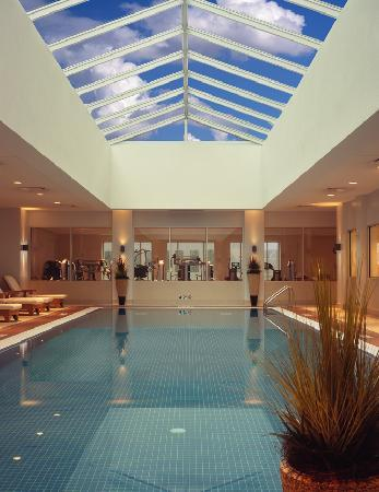 Conrad Indianapolis: Full Service Spa, Health and Fitness Center and Pool are located on Conrad's sixth floor