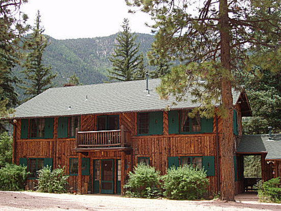 Rocky Mountain Lodge & Cabins: Rocky Mountain Lodge, near Colorado Springs at Pikes Peak