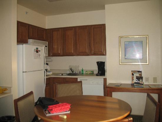 Bedroom With 2 Queens Fotograf A De Staybridge Suites Anaheim Resort Area Anaheim Tripadvisor