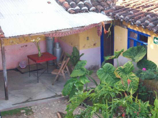 Hostal el Rincon de  los Camellos: une des cours intérieures