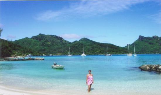 Tahiti 2005. Huahine. One of the most beautiful Bay  in da world!!