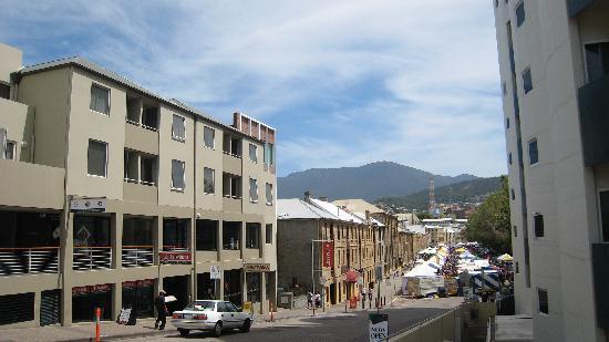 Somerset on Salamanca, Hobart: View of Salamanca Place from car park