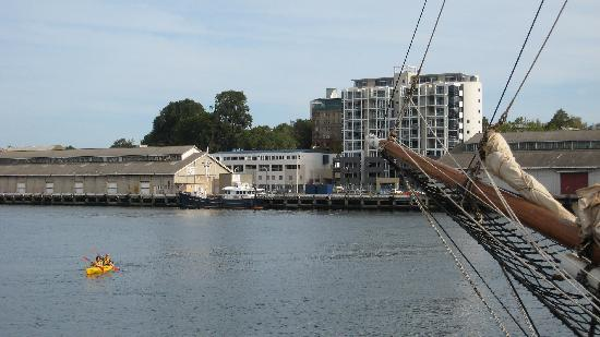 Somerset on Salamanca, Hobart: View of harbour from balcony