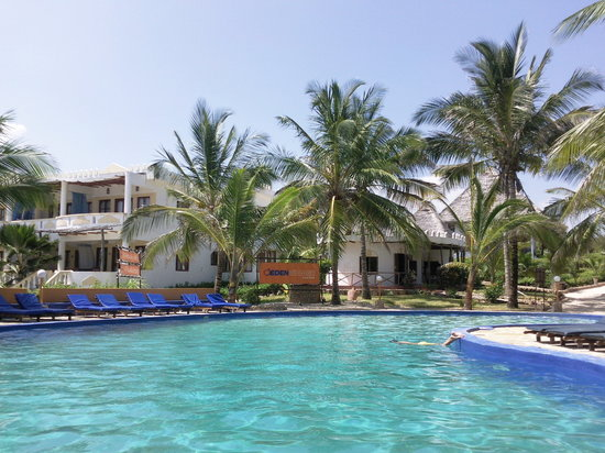 Eden Village Watamu Beach : piscina resort