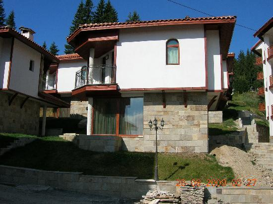 Forest Nook 1 & 2: Front View of Chalet 4