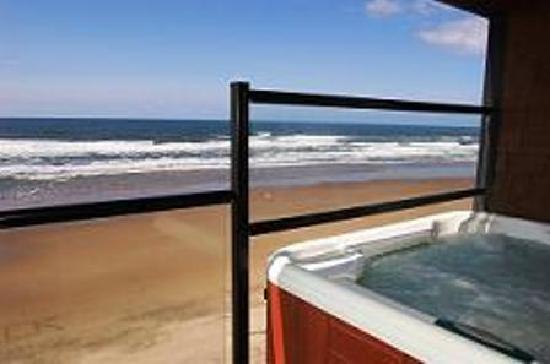 Starfish Manor Oceanfront Hotel One Of Our Hot Tub Rooms