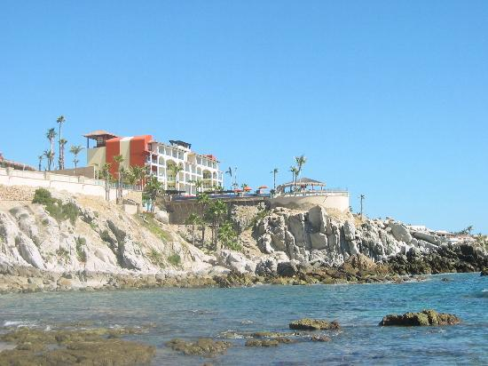 Welk Resorts Sirena Del Mar: View of resort from protected cove beach