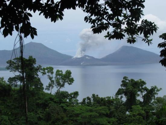 Rabaul, ปาปัวนิวกินี: Taken by Kathryn Henshaw