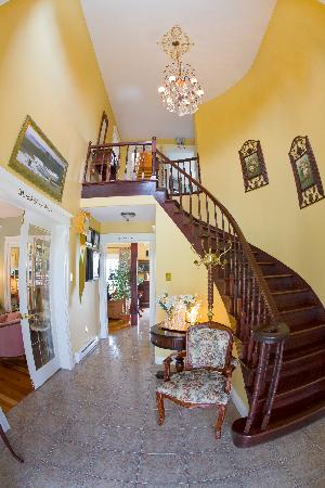 Marystown, Canadá: The beautiful foyer