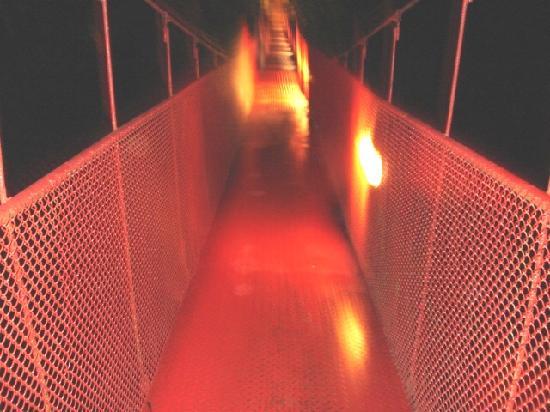 Hotel La Garza: el puente de lo mejor iluminado