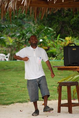 Cocomo Resort: kEVIN DANCING