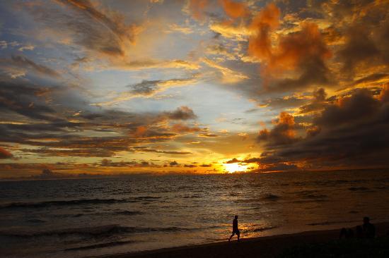 The Samaya Bali Seminyak: Samaya Beach Sunset