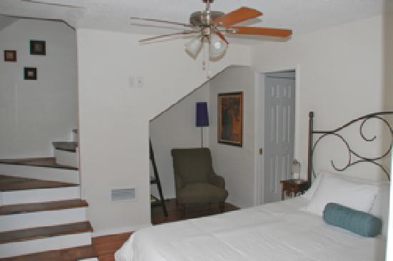 Cypress Creek Cottages: Bedroom