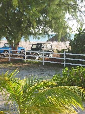 Anegada Beach Cottages: the parking lot