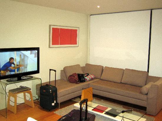 About Melbourne Apartments: Lounge area