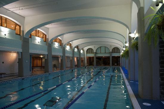Fairmont Banff Springs Hotel Indoor Pool