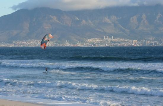 Bloubergstrand Beach: Cape Town, South Africa Wind surfing at Blouberg.