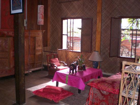 Secrets of Elephants Inn: Zonas comunes 1