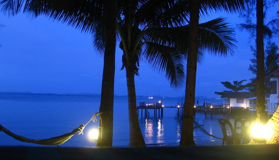 Samed Resort: hammocks in the evening