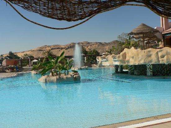 LTI - Pyramisa Isis Island Resort & Spa: piscine