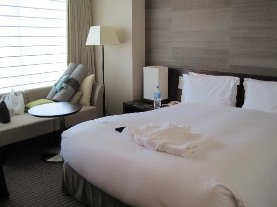 The Strings by InterContinental Tokyo: bed