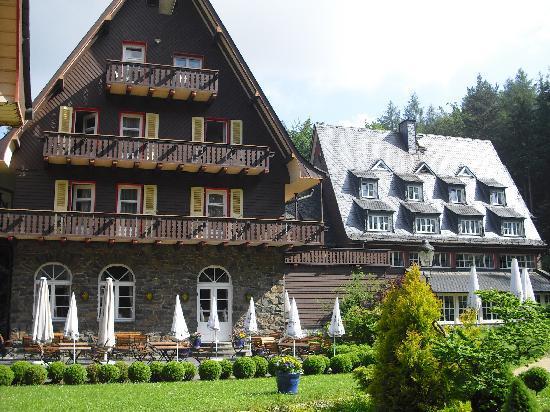 Romantik Hotel Jagdhaus Waldidyll: Außenansicht