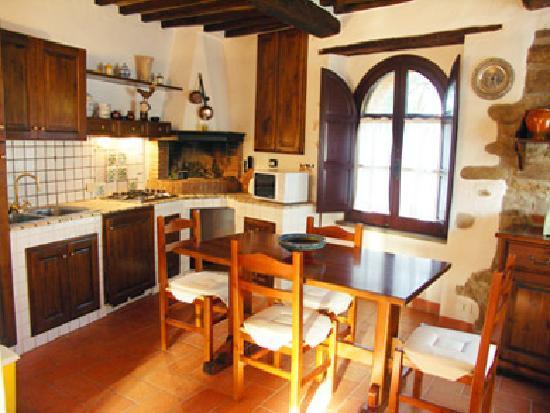Castello di Gaiche: Interior of the Old Mill House apartment