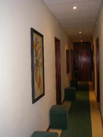 Guest House Porto Clerigus: corridoio