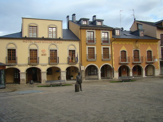 Photo of Bierzo Plaza Ponferrada