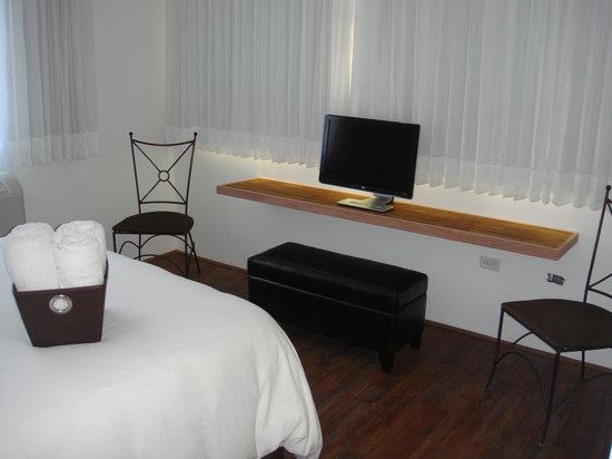 Casa Condado Hotel: Room