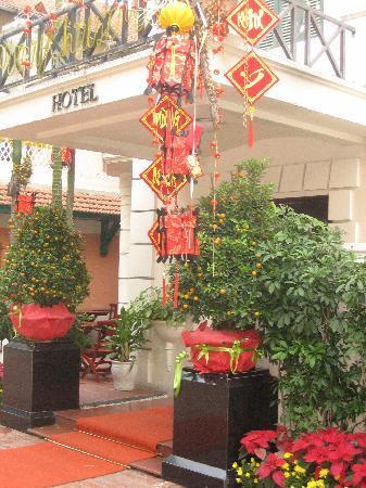 دي سيلويا هوتل: Entrance of hotel