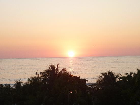 Hotel Buena Vista : View from hotel of the sunset