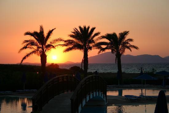 Horizon Beach Resort : un meraviglioso tramonto