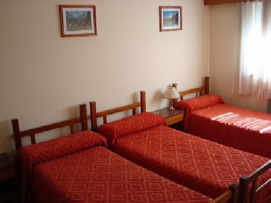 Ivalu: Triple Room