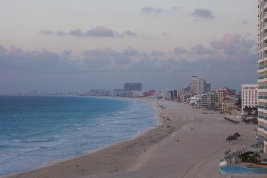 Condominios Carisa y Palma: Hotel zone view