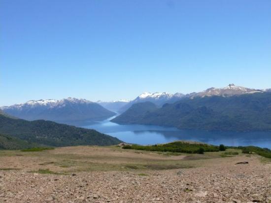 Cerros Negro & Monje Trail: Lago Traful... subiendo al Cerro Negro
