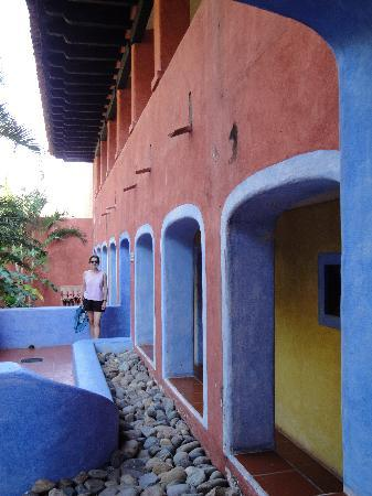 Careyes: colorful archways