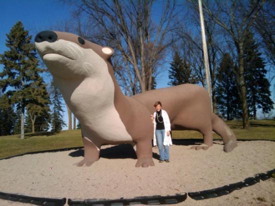 Fergus Falls, MN: Worlds Largest Otter