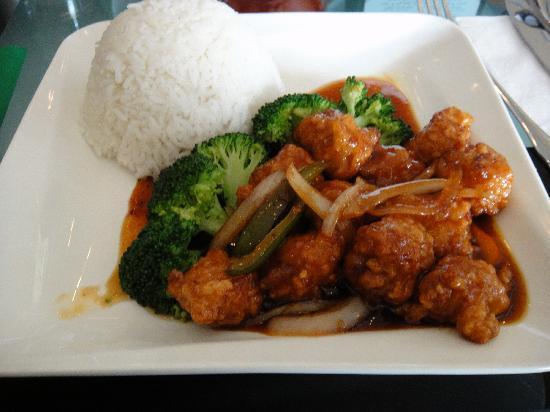 Green Papaya: General Tso Chicken With Jasmine Rice