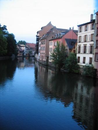 Estrasburgo, Francia: Ich weiß nicht mehr, wo das war. .__.