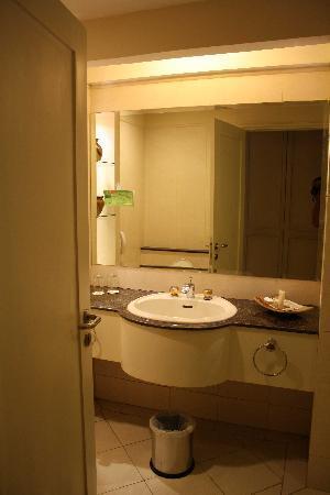 Mason Pine Hotel: clean