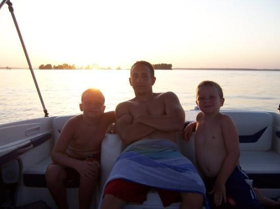 The guys enjoying Sam Rayburn Reservior on the boat 2007