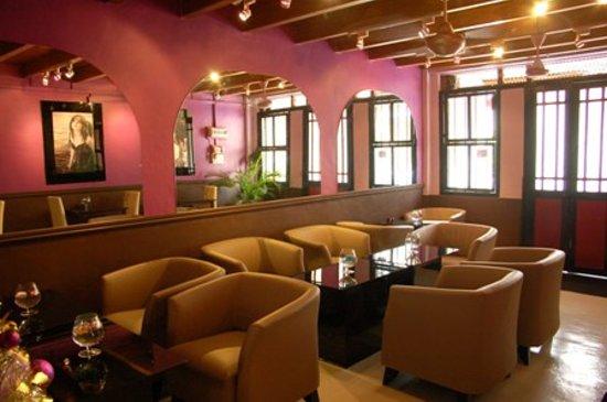 Orang Belanda Art Cafe : detente garantie!